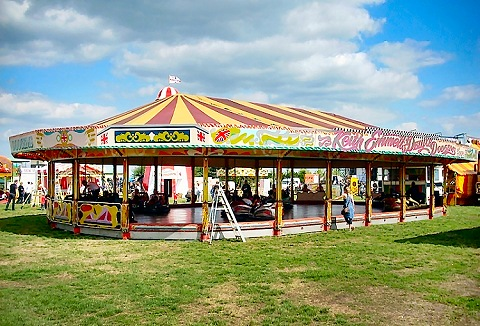 Link to the P & M Amusements website