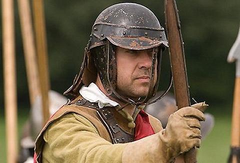Link to the Sir Marmaduke Rawdon's Regiment of Foote website