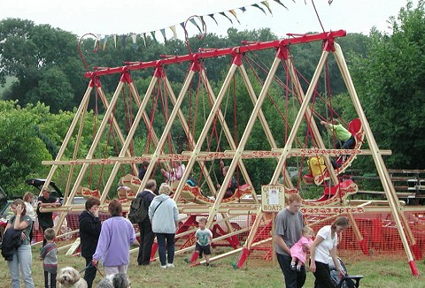 Link to the Traditional Swingboats website