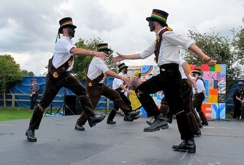 Link to the Seven Champions Molly Dancers website