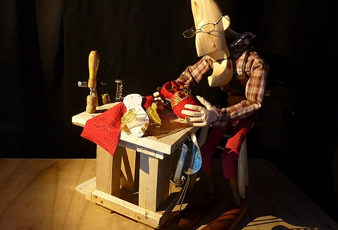 Link to the Clydebuilt Puppet Theatre website