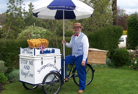 Link to the Cotswold Hills Ice Cream web page