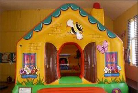 Link to the Kevin Donald Bouncy Castles website