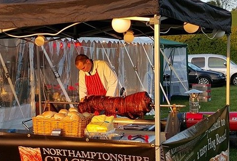 Link to the Northamptonshire Crackling Company website