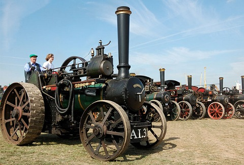 Link to the The Leeds and District Traction Engine Club website