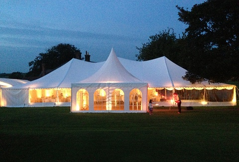 Link to the Oakleaf Marquees Ltd website