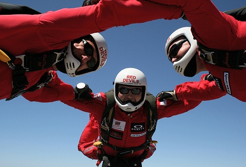 Link to the Red Devils Freefall Team website