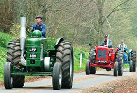 Link to the Ayrshire Vintage Tractor and Machinery Club website