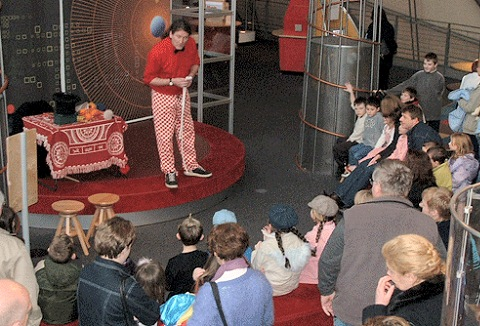 Link to the The Magic Juggler website