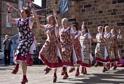 Link to the Belfagan Women's Morris website