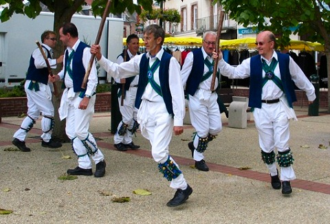 Link to the Whitchurch Morris Men website
