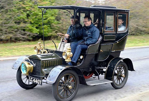 Link to the Surrey Vintage Vehicle Society website