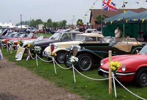 Link to the Amber Valley Classic Car Club website