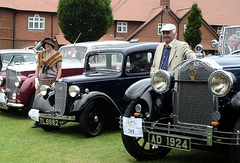 Link to the Wirral Classic Car Club website