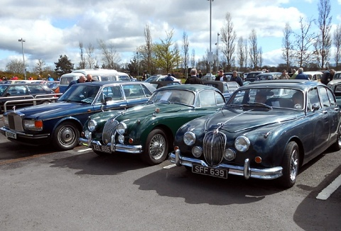 Link to the Banbridge Old Vehicle Club website