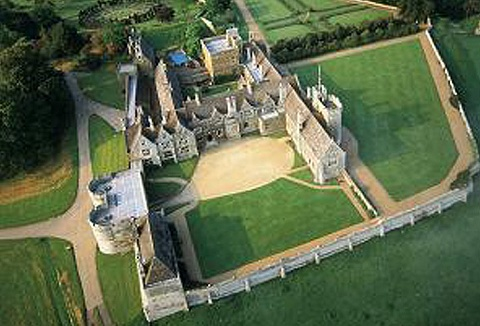Link to the Rockingham Castle website