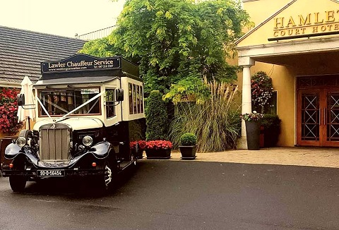 Link to the The Hamlet Court Hotel website