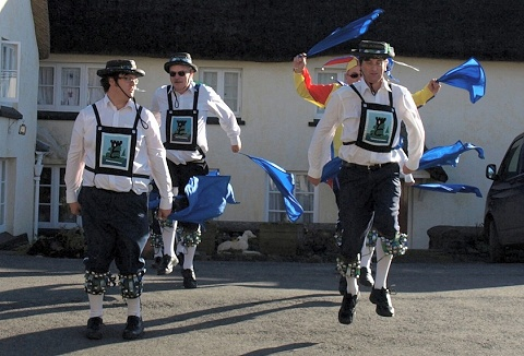 Link to the Plymouth Morris Men website