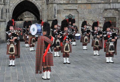 Link to the City of Norwich Pipe Band website