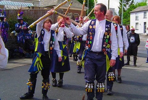 Link to the Full Moon Morris website